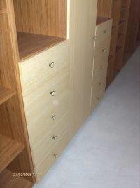 bambusz furnéros beépített szekrény- abutorasztalos.hu