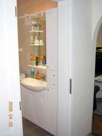 mintás fényezett fürdőszobai bútor - abutorasztalos.hu