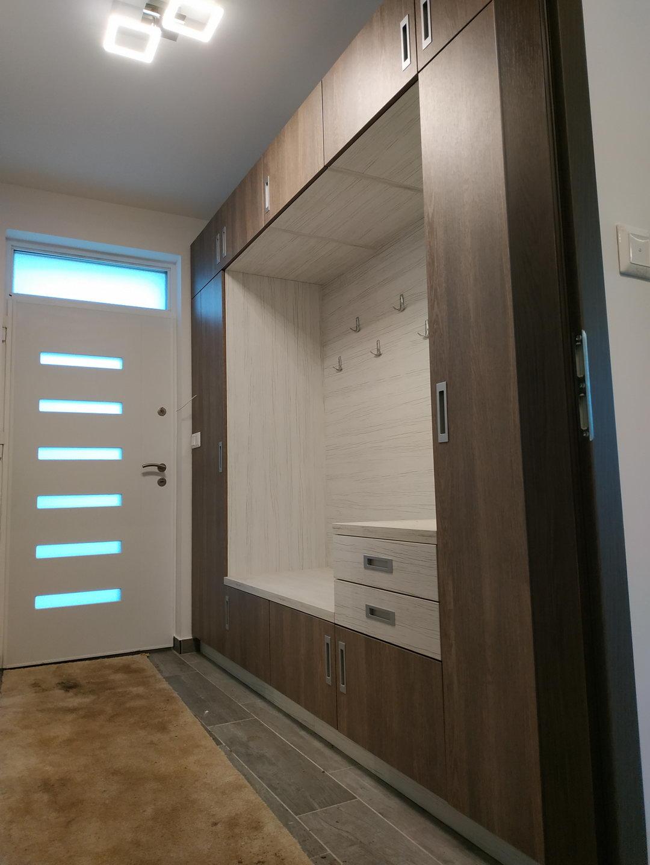 Beépített szekrény előszobába